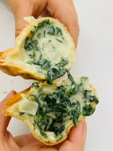 Load image into Gallery viewer, Empanada - Spinach & Cheese