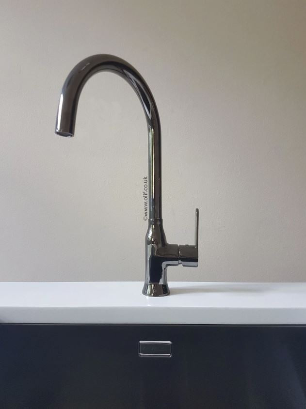 Pack of Alveus Monarch Quadrix 50 Anthracite sink and matching Anthracite tap
