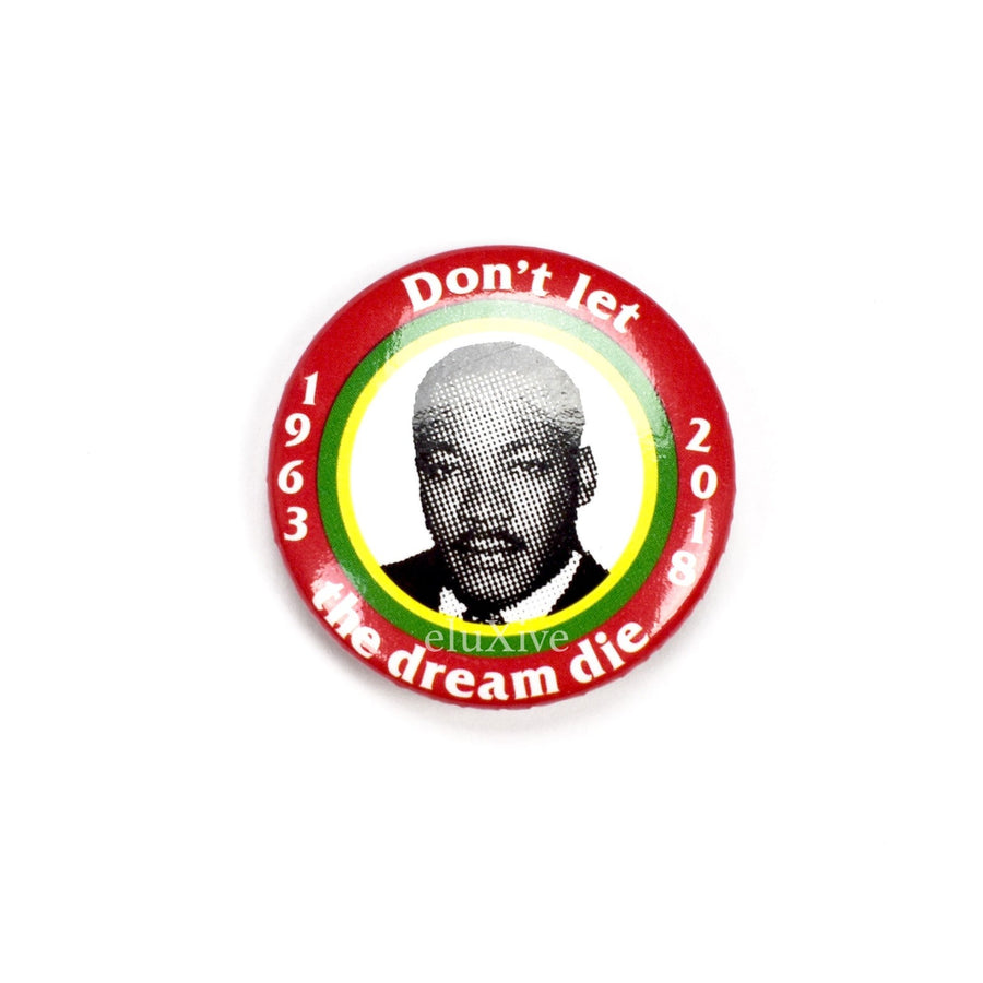 SUPREME MLK BUTTON