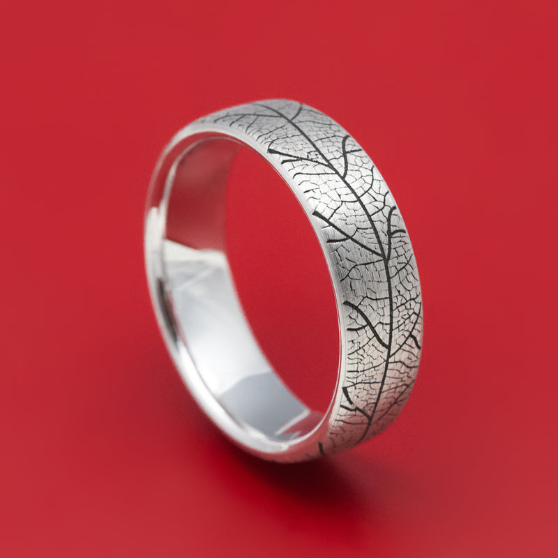 14K White Gold Leaf Design Wedding Band