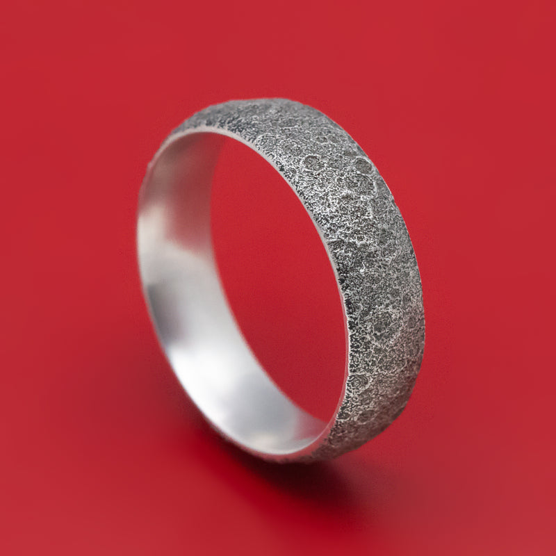 14K White Gold Moon Rock Design Wedding Band