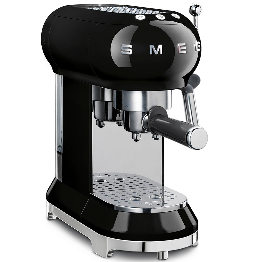 Smeg ECF01BLUK Coffee Machine In Black