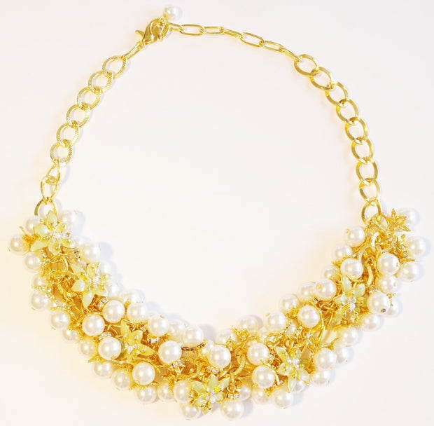 Lily Blossom Pearl Cluster Necklace Gold Kiwi