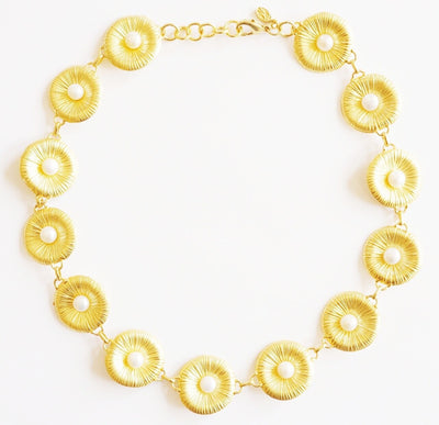 Seafan Pearl Necklace Gold