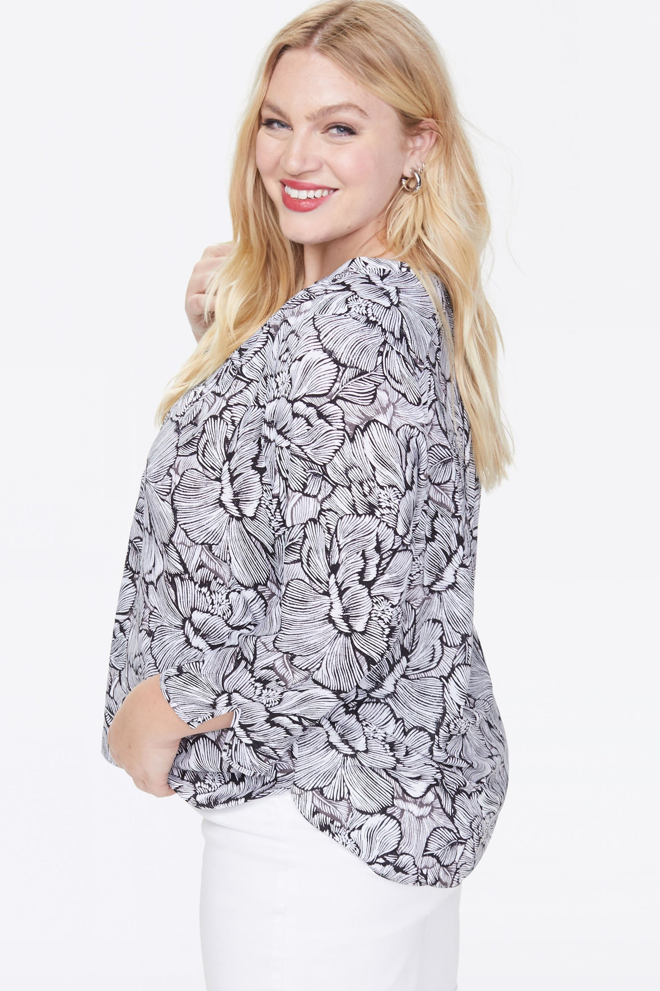 The Perfect Blouse - FLORAL COSMOS