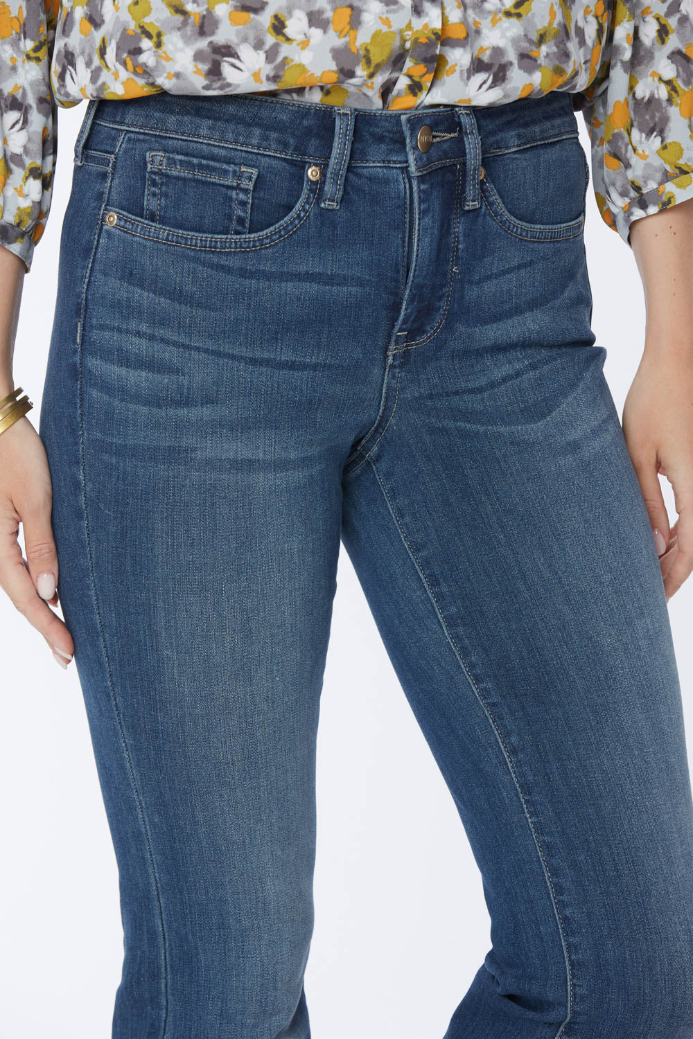 Barbara Bootcut Jeans In Tall - BALANCE