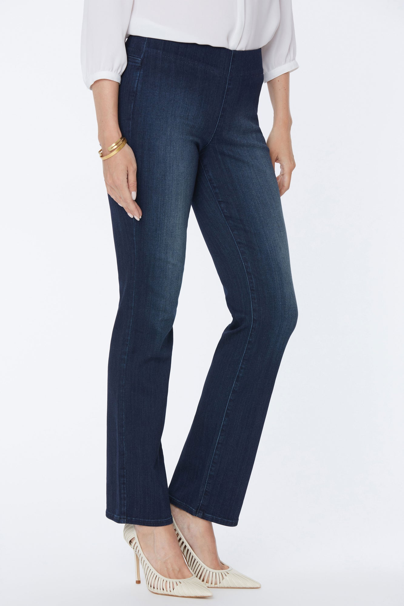 Marilyn Straight Pull-On Jeans - HARMONY