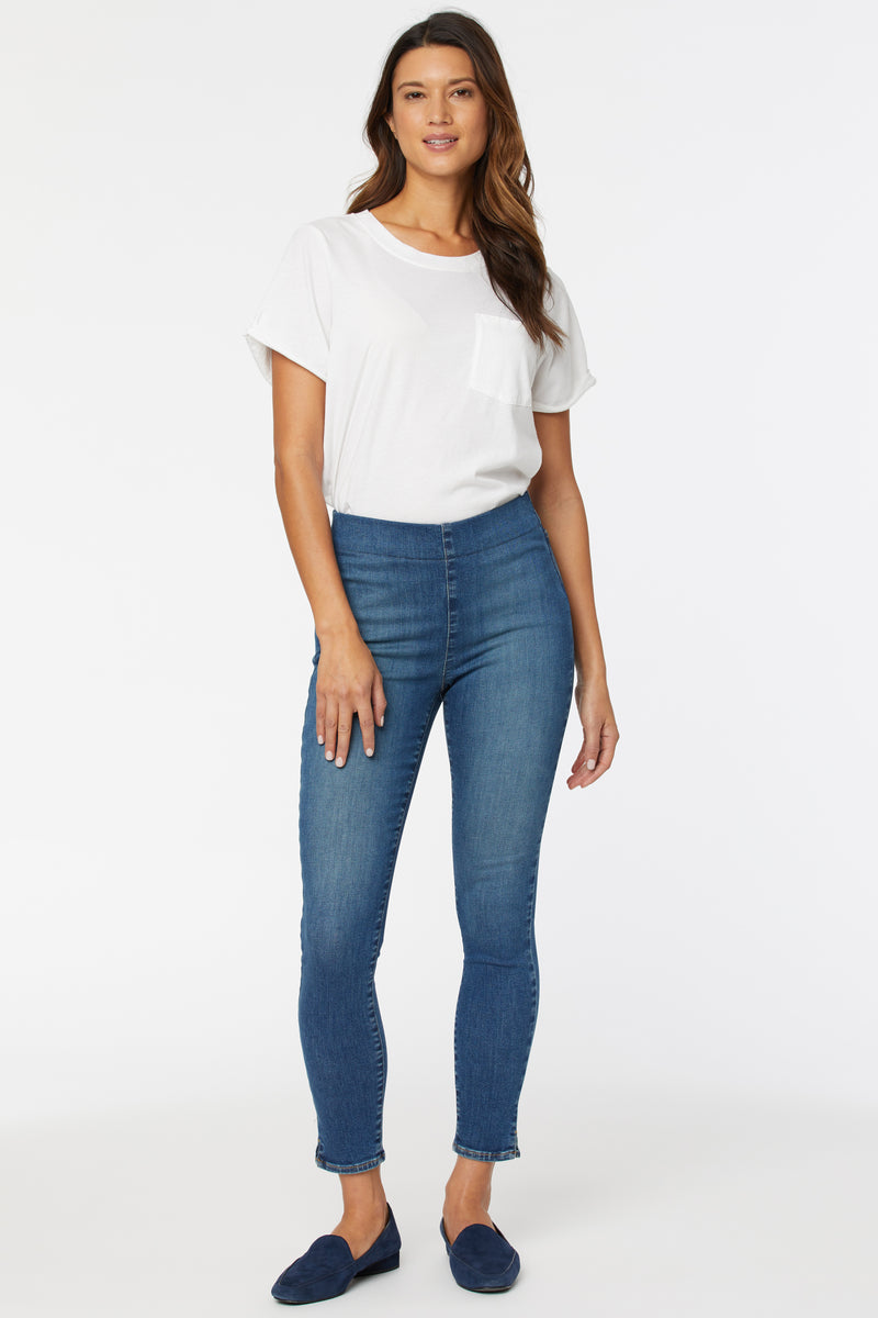 Super Skinny Ankle Pull-On Jeans - Clean Allure