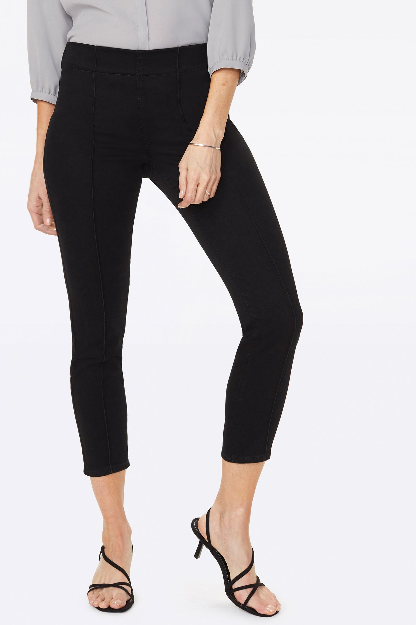 Skinny Ankle Pull-On Jeans In Petite - CLEAN TAMBOR