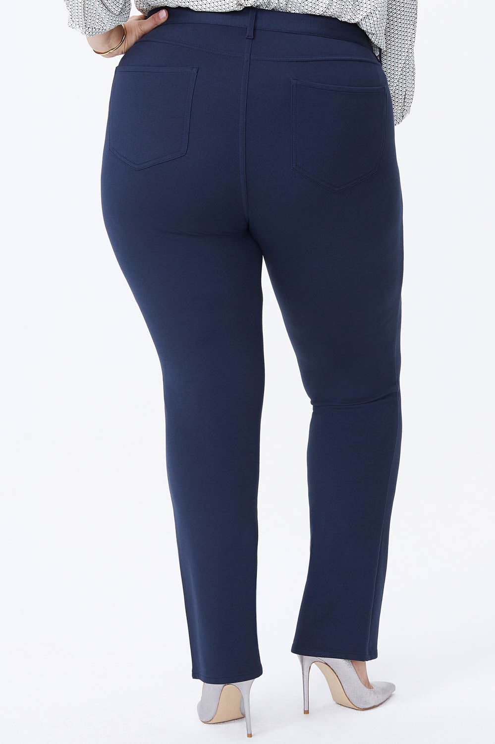 Marilyn Straight Pants In Plus Size - MIDNIGHT