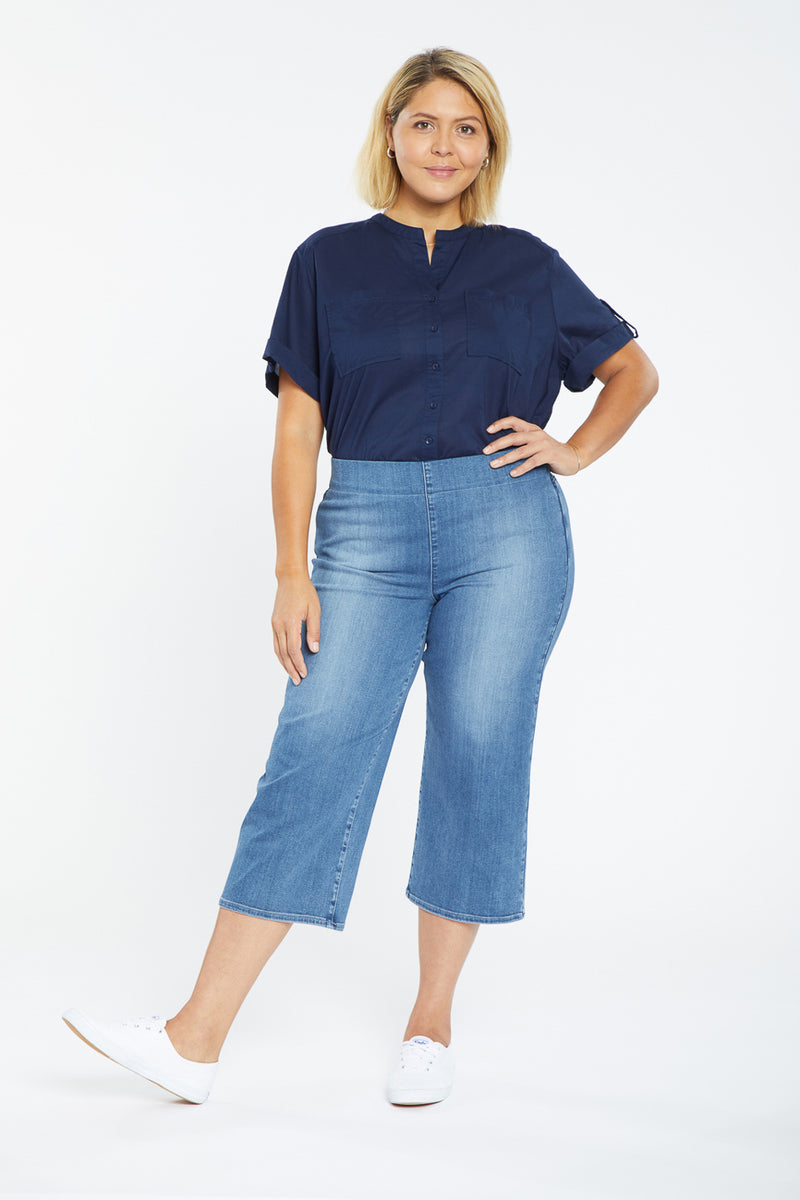 Wide Leg Capri Pull-On Jeans In Plus Size - Clean Horizon