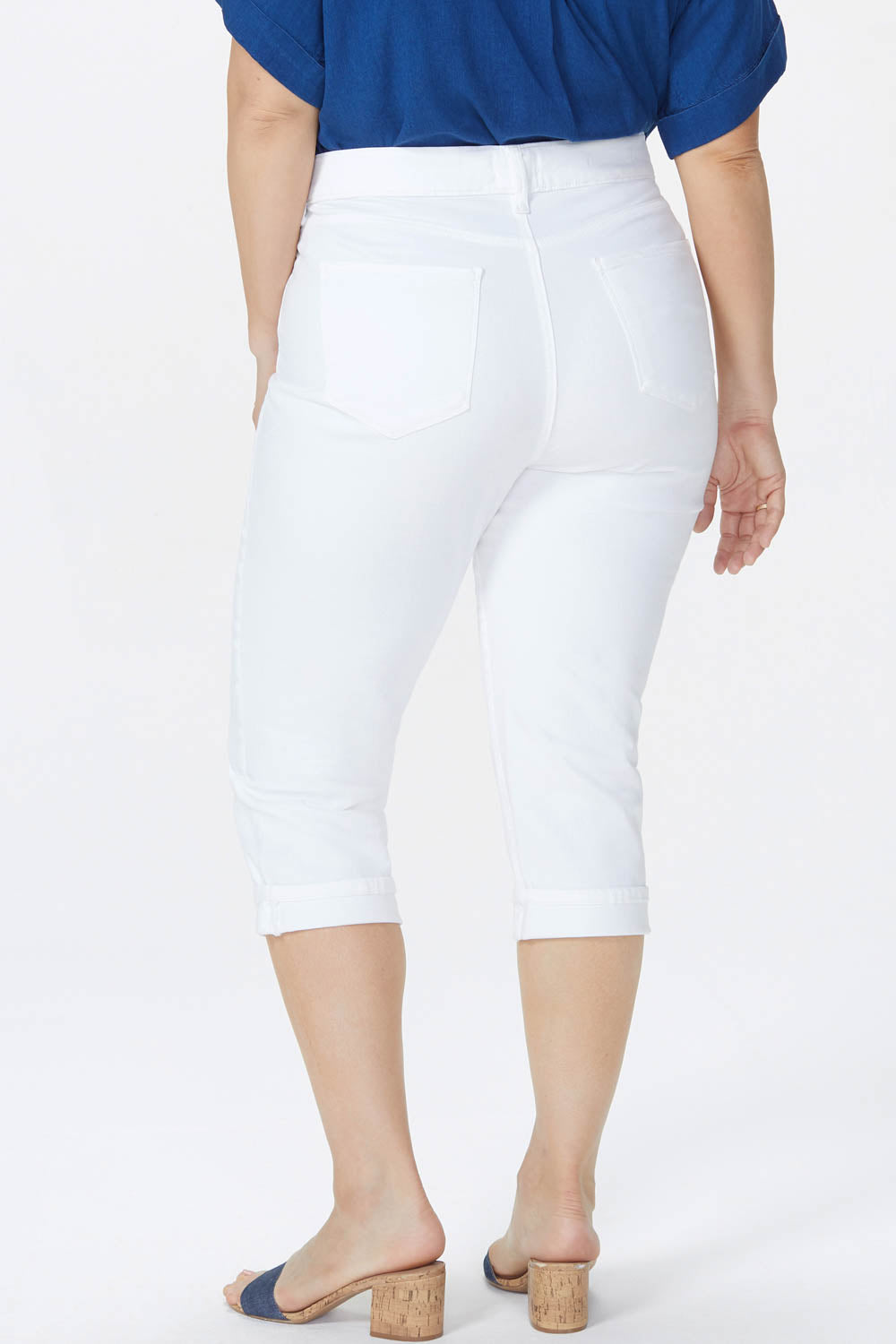 Marilyn Straight Crop Jeans In Plus Size - OPTIC WHITE