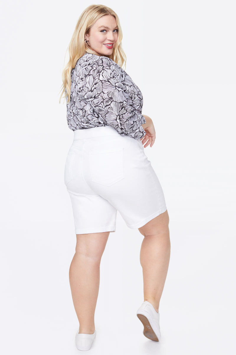 9 Inch Pull-On Jean Shorts In Plus Size - OPTIC WHITE