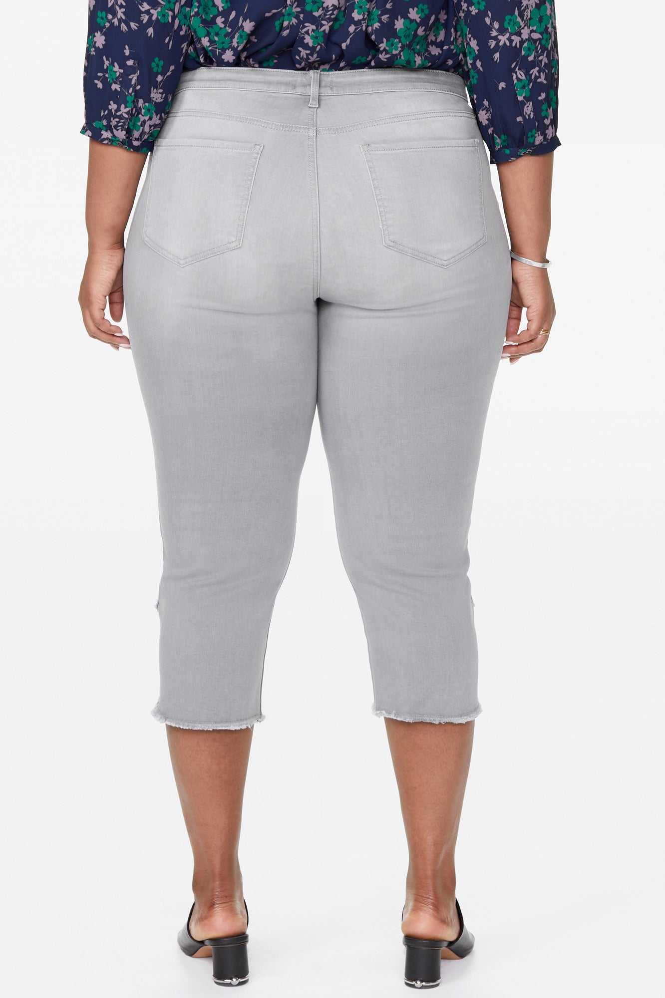 Slim Capri Jeans In Plus Size - SHALE