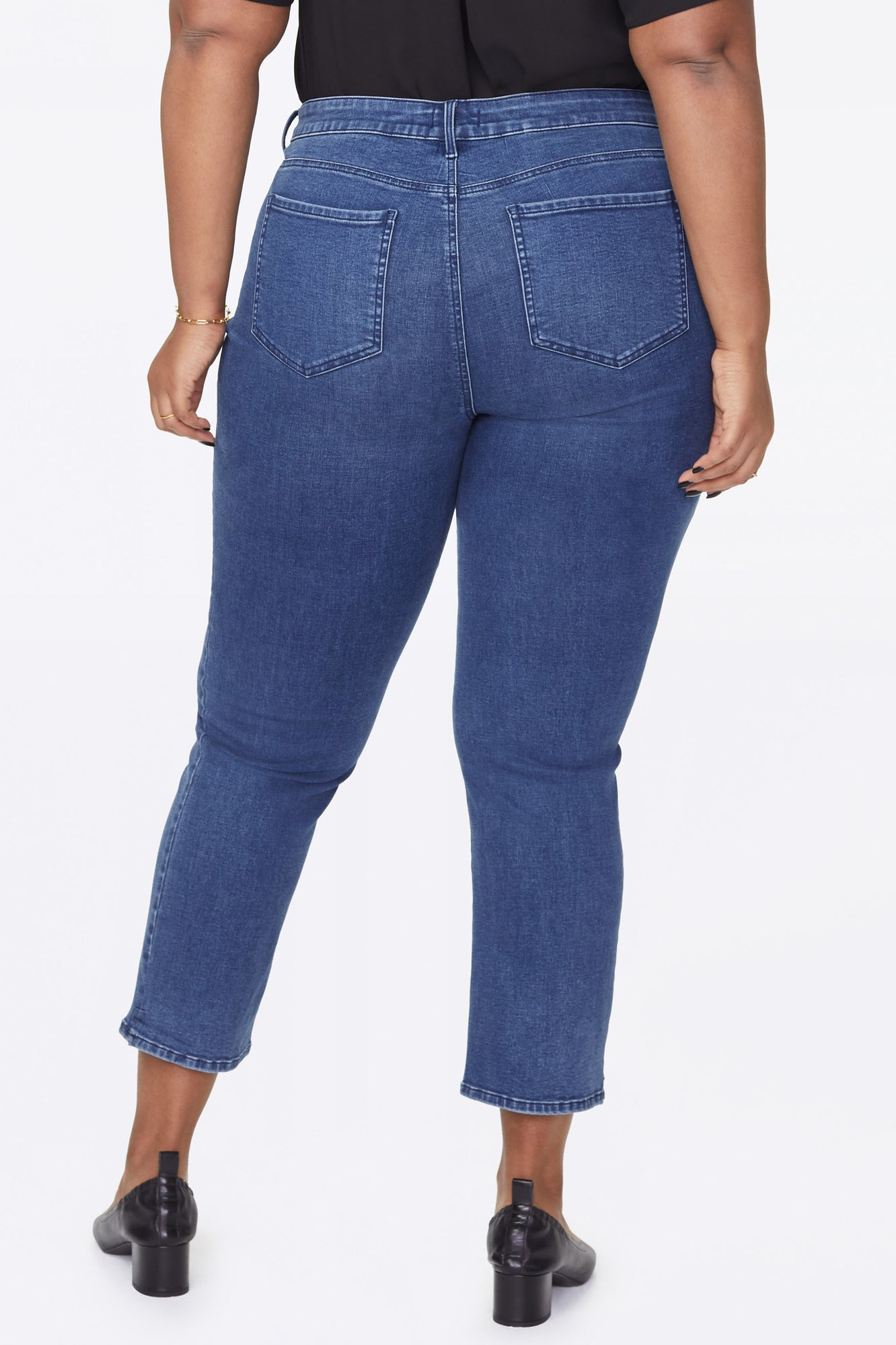 Marilyn Straight Ankle Jeans In Plus Size - NEVIN