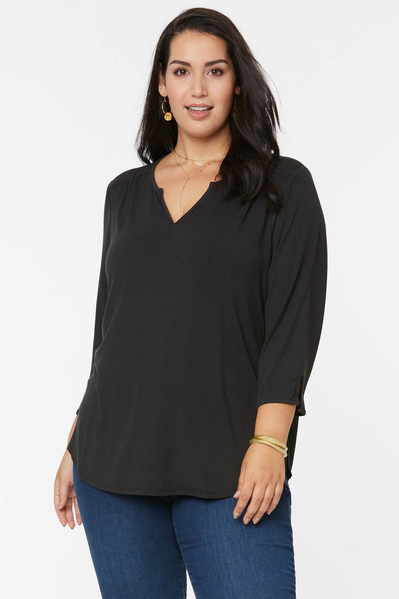Perfect Tee In Plus Size - BLACK