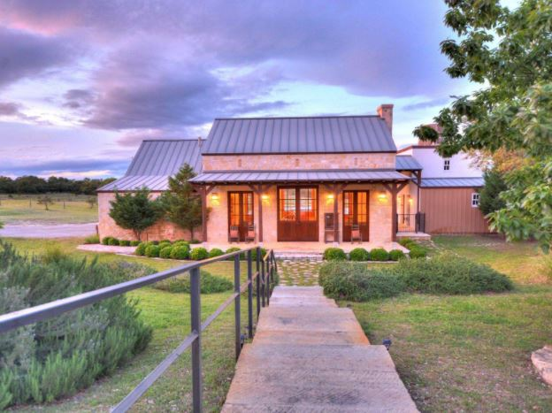 Expansive Hill Country Views