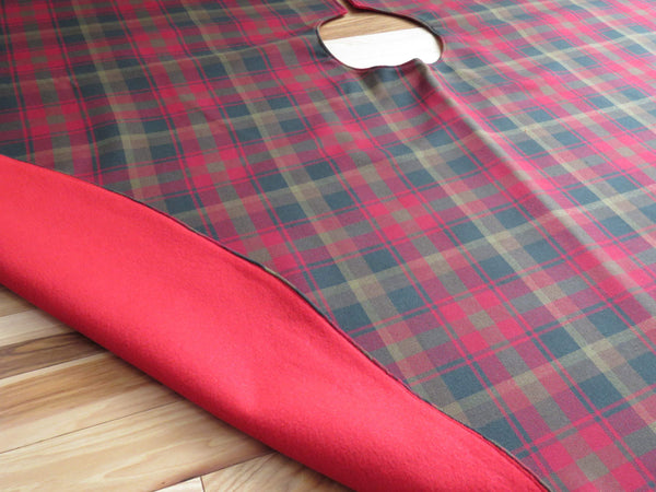 Maple Leaf Tartan Christmas Tree Skirt