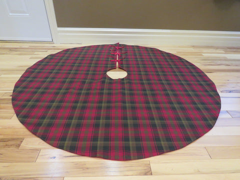 Maple Leaf Tartan Christmas Tree Skirt-Taylors Tartans