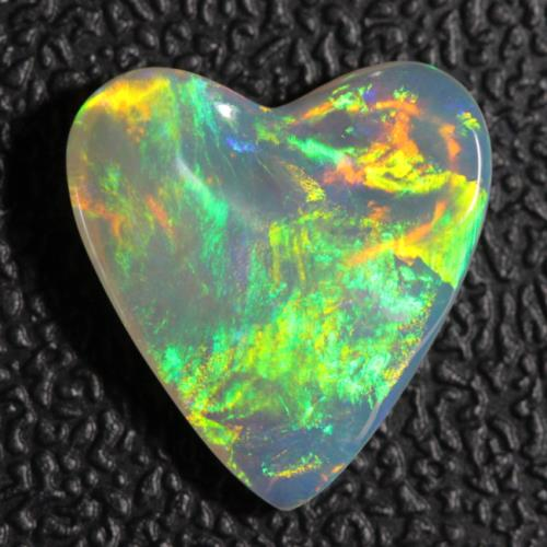 4.25 cts Australian Opal Lightning Ridge, Solid Crystal Carving Loose Stone