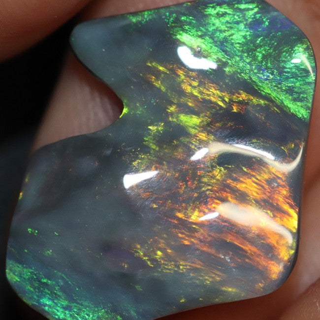 6.36 cts Black Opal Lightning Ridge, Australian Solid Carving, Loose Gem Stone, Red Green Blue