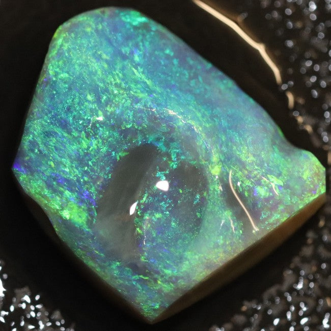 12.70 cts Single Opal Rough for Carving 17.8x14.4x7.5mm