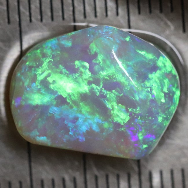 7.20 cts Single Opal Rough, Loose Rub, Gem Stone 15.4x11.7x6.3 mm