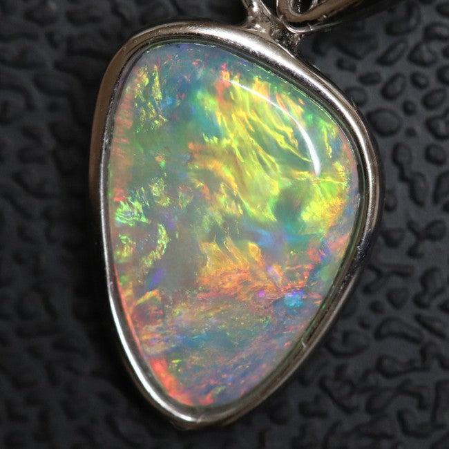 1.02 g Australian Lightning Ridge, Solid Semi-Black Opal Gem, Pendant Silver L 22.1 mm
