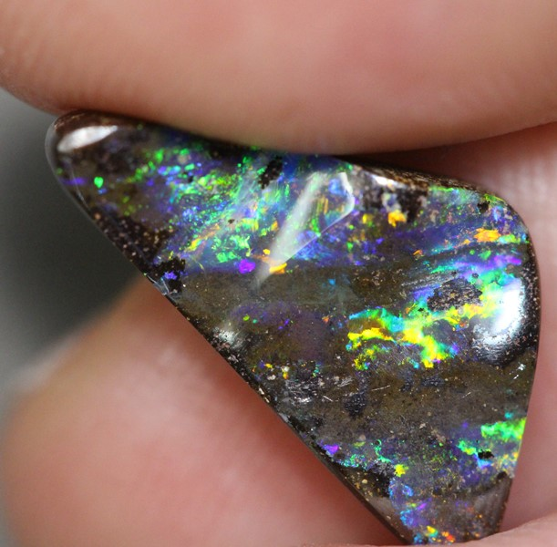 Natural Australian BOULDER OPAL SOLID CUT STONE 5.29 cts vid