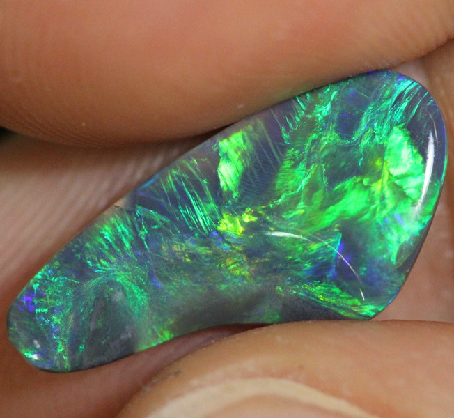 Black Opal Lightning Ridge Carving Solid 2.95 cts