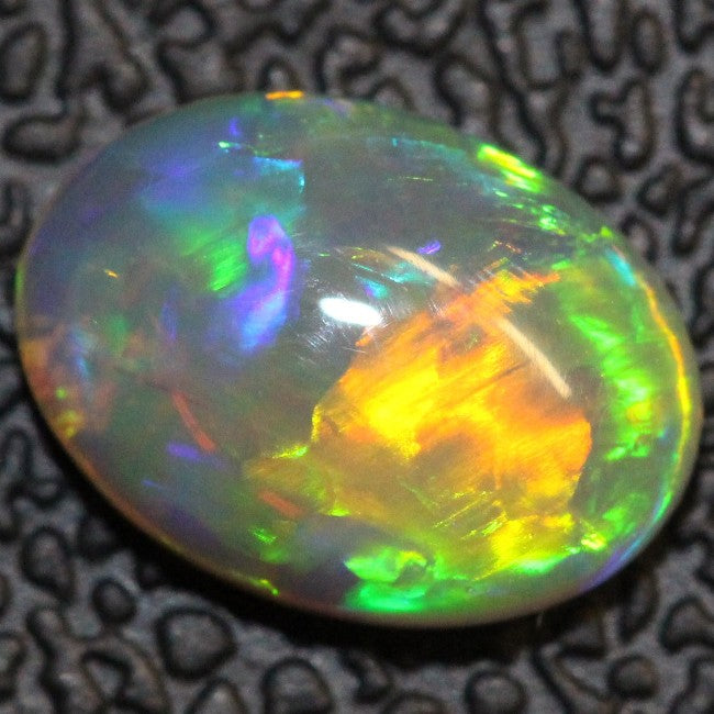 1.36 cts Semi Black Crystal Opal Solid Lightning Ridge Cabochon Loose Stone
