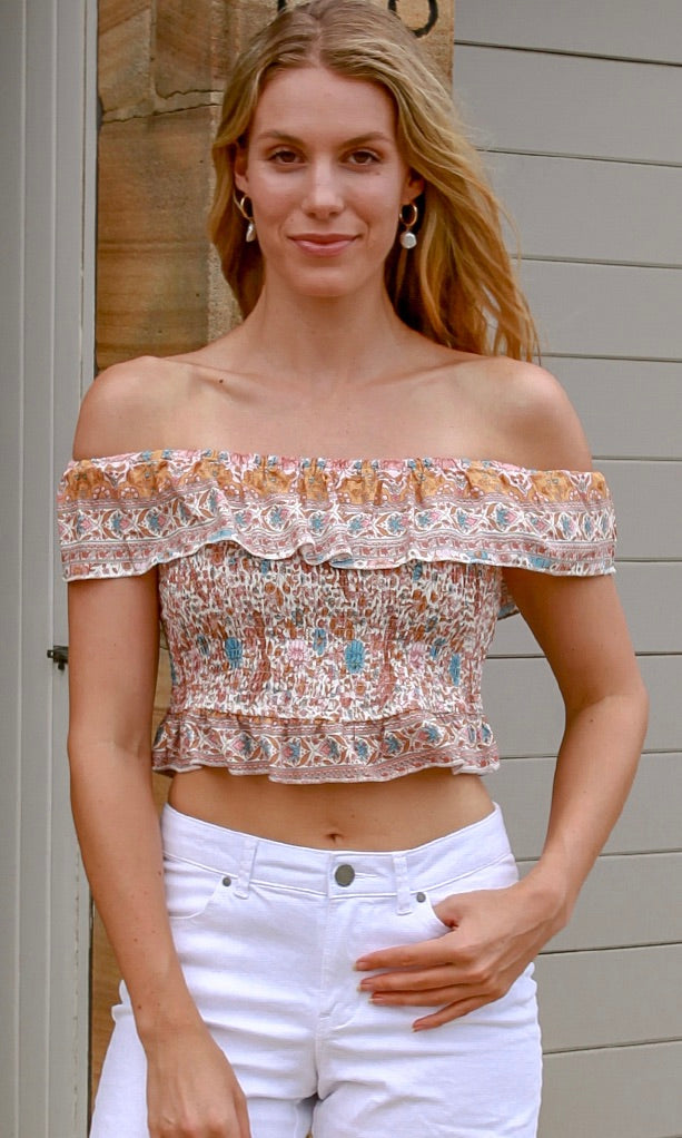 TIARA OFF-SHOULDER TOP