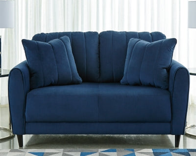 Enderlin Signature Design by Ashley Loveseat