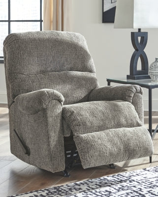 Termoli Signature Design by Ashley Recliner