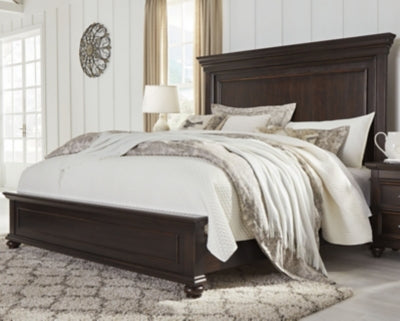 Brynhurst Signature Design by Ashley Bed