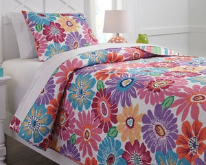 Alexei Signature Design by Ashley Quilt Set Twin