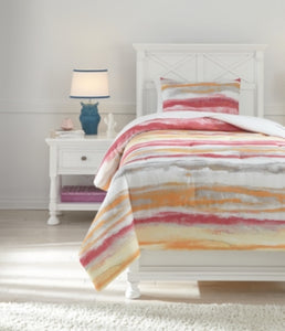 Tammy Signature Design by Ashley Comforter Set Twin
