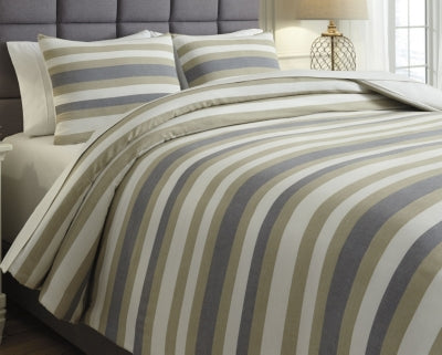 Isaiah Signature Design by Ashley Comforter Set Queen
