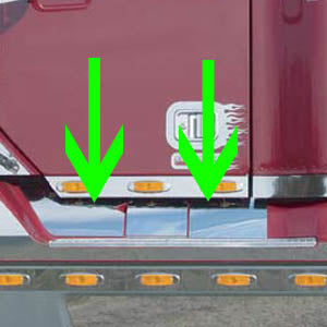 Freightliner Century/Columbia stainless steel scuff panels - no heater plug hole