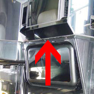 Freightliner Classic/FLD stainless steel under glove box trim - flat, no tabs