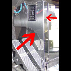 Freightliner Classic/FLD stainless steel left side of fuse panel trim with vent hole