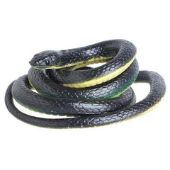 FUN-GAMES GAG TOYS Realistic Snake Toy Joke to Hallowen 01