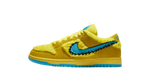 Nike sb dunk low yellow grateful dead sneaker matching shirt and accessories category page icon