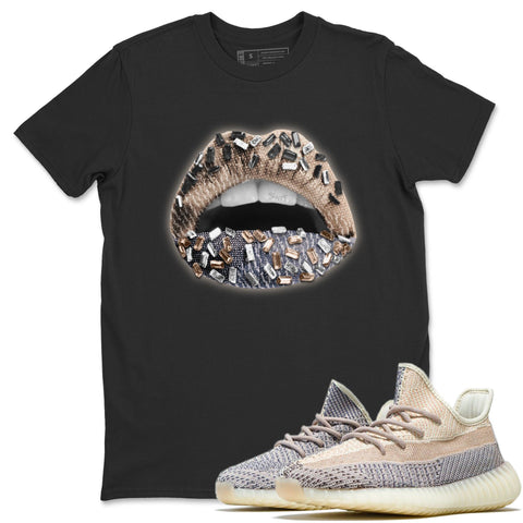Yeezy 350 V2 Ash Pearl Lips Jewel Crew Neck T-Shirt Matching Unisex Outfits yeezys 350 V2 Ash Pearl Image Black Short Sleeve Tees