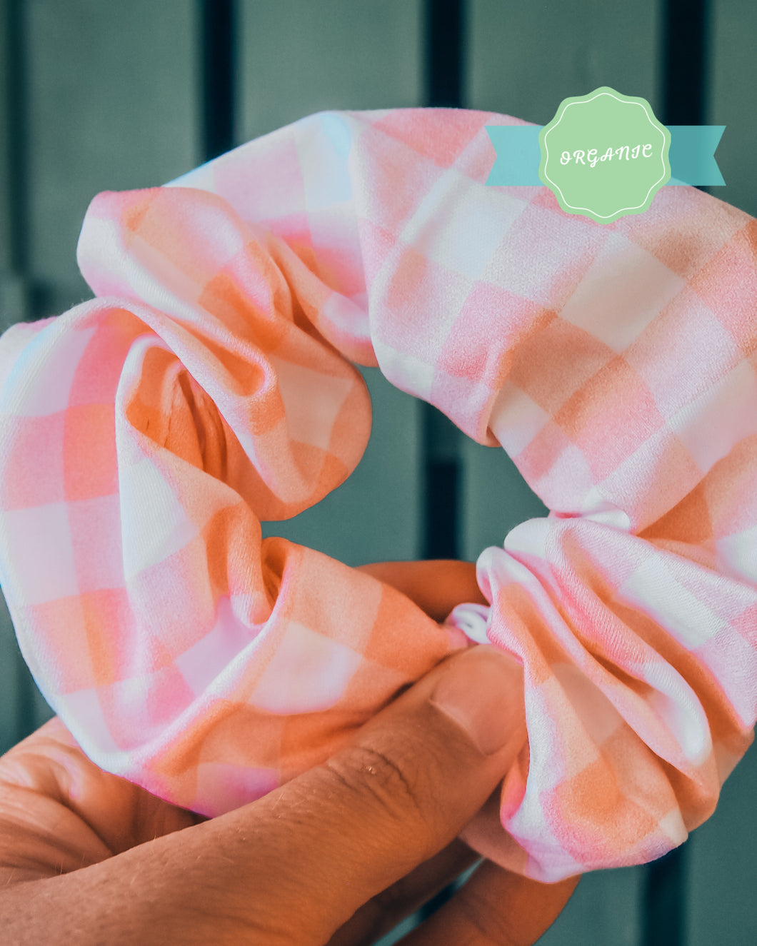 gingham luxe organic scrunchie - pink + white