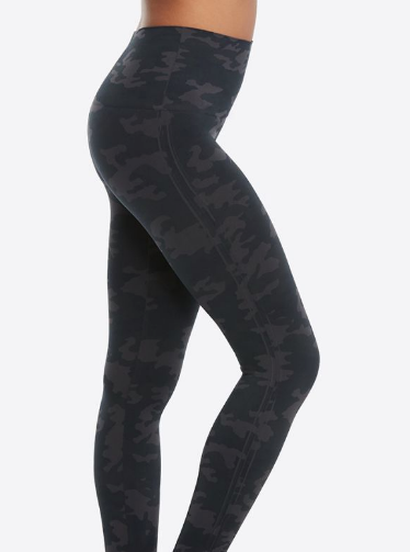 Look at me now Black Camo Seamless Leggings by Spanx