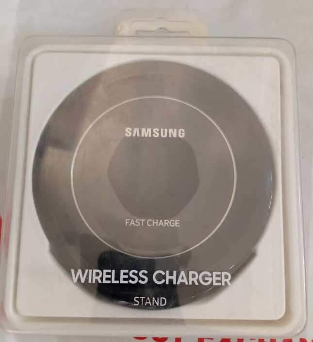 SAMSUNG WIRELESS CHARGING PAD- BLACK