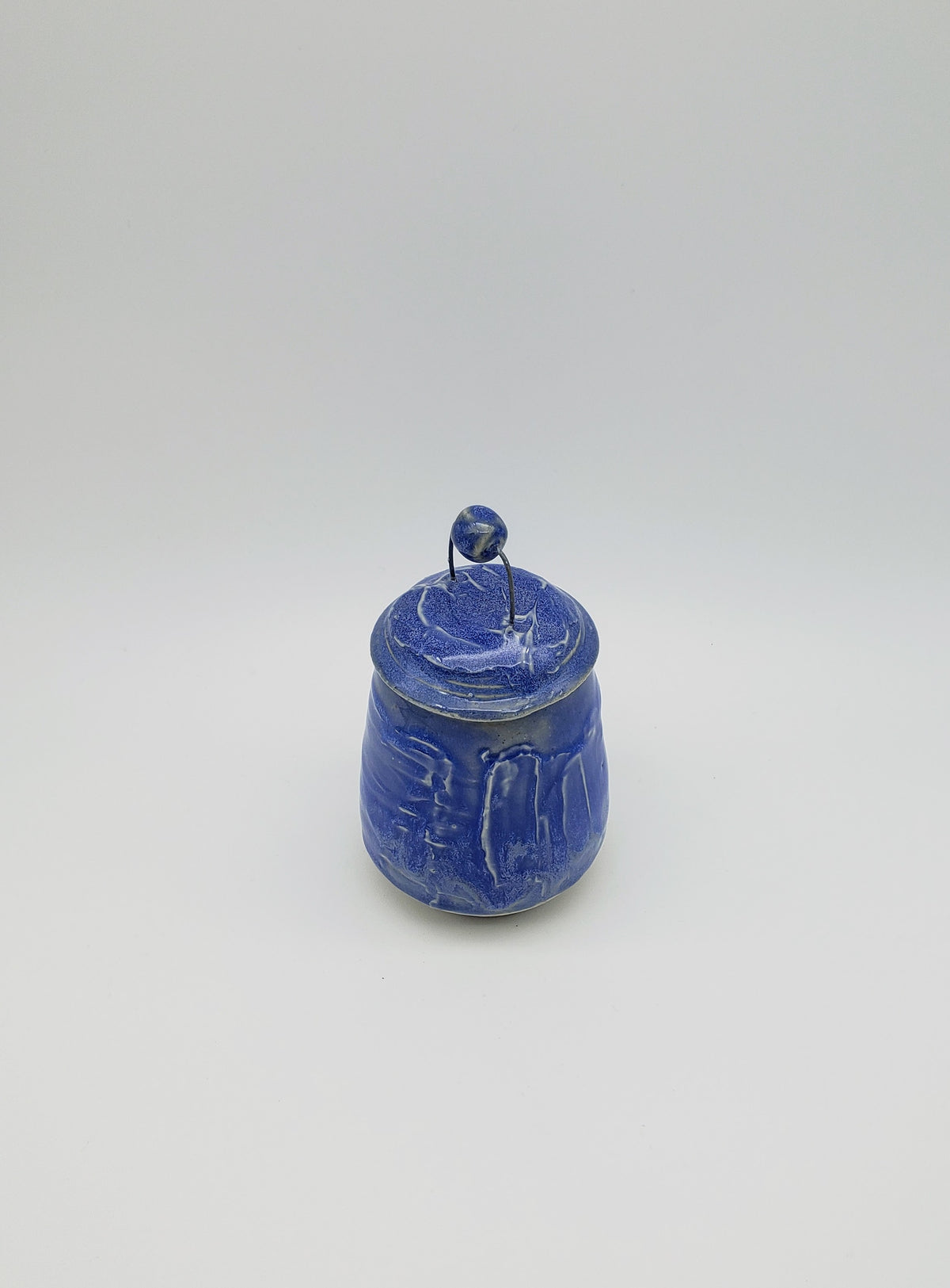 Slipped Floating Blue Jar