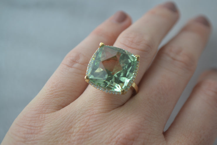 Lisa Nik 17mm Square Cut Green Amethyst Ring