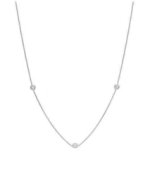Lisa Nik Three Diamond Bezel Necklace